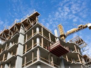 Суд обязал мэрию Смоленска выдать разрешение на строительство многоэтажки в Красном бору