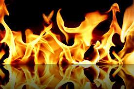 Жилой дом загорелся на улице Калинина в Смоленске