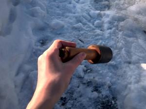 Ручную гранату нашли в Смоленске за гаражами
