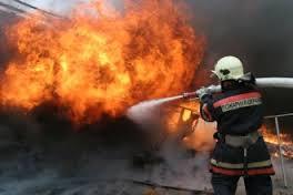 Два человека пострадали при пожаре в Рославле