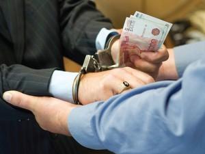 В Смоленске мошенник, прикинувшись полицейским, обманул фирму на полмиллиона