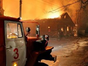 В Смоленской области пожарные спасли от огня жилой дом