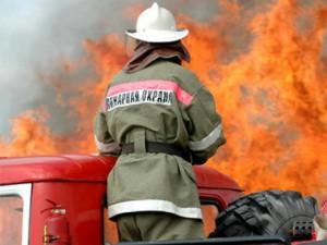 Mazda CX-7 полностью сгорела ночью под Смоленском