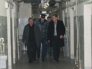 В Смоленске следственный изолятор посетили прокуроры