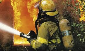 Четырёх человек эвакуировали из загоревшегося дома по улице Чернышевского в Смоленске