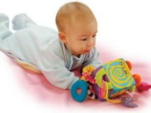Детские игрушки для малышей до 6 месяцев