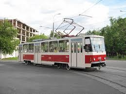 В Смоленске при падении в трамвае пенсионерка сломала три ребра