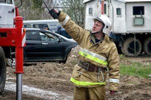 В Смоленске соседи спасли из огня пожилую женщину