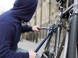 Двое молодых смолян промышляли кражами велосипедов в Заднепровском районе