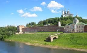 Виды Смоленска могут запечатлеть на купюрах в 200 и 2 тысячи рублей
