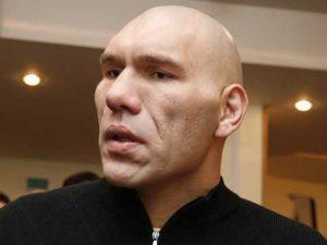 В Смоленске Николая Валуева вызвали на ринг