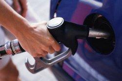 В Смоленской области продолжает расти цена на бензин