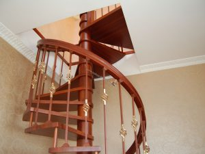 Металлические перила, поручни и ограждения для лестниц