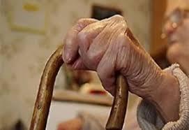 Лже-газовщица обворовала 84-летнюю женщину, чтобы расплатиться с долгами