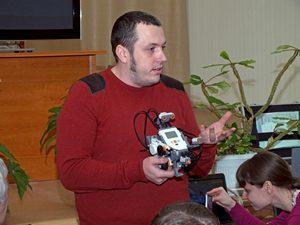 Смолянин вошел в число лауреатов конкурса «Учитель года России»