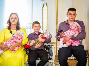 В августе в Смоленске родились семь двоен и одна тройня
