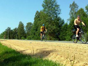 Смоленские «олимпийцы» приняли участие в велопробеге