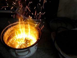 В Смоленской области подгоревший ужин чуть не сжёг два дома
