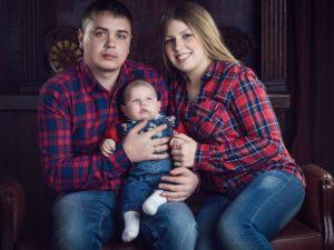 В Смоленске двухлетнему малышу нужна помощь