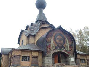 Во Фленово за 40 млн.рублей отреставрировали церковь Сошествия Святого Духа