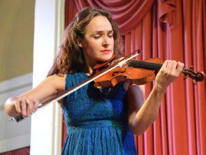 Смоленская филармония открыла сезон классикой на старинной скрипке Джованни Баттиста Габбриэлли