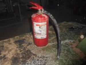 В Смоленском районе горел цех по производству брикетов для розжига
