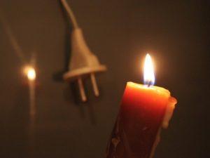 В Смоленском районе жители деревни остались без света и воды из-за аварии