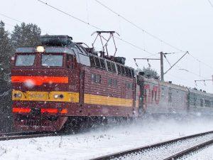 Поезда Смоленск-Москва опаздывают из-за погоды