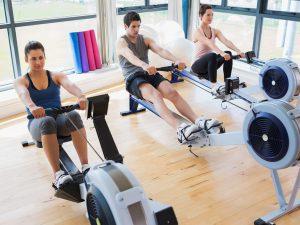 Упражнения на гребном тренажере полезны для здоровья сердца