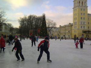 Где в Смоленске покататься на коньках и лыжах