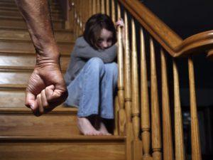 Девочка Лилия и домашнее насилие