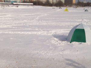 В Смоленской области в палатке обнаружили тело рыбака