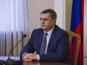 Соваренко поручил не спускать глаз с домов с верхним розливом
