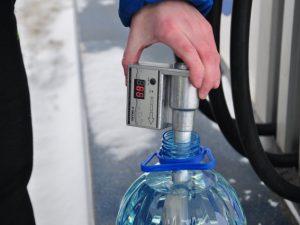 Новосибирские активисты проверят качество топлива на смоленских АЗС