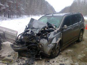 В Смоленской области иномарка врезалась в «Камаз». Пострадал водитель