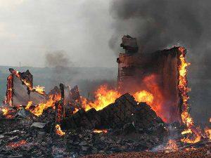 В Смоленском районе в сгоревшем доме обнаружили тело мужчины