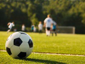 Школьный футбол возрождается