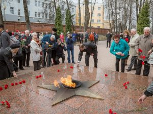 Смоляне почтили память узников фашистских концлагерей