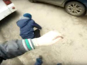 Смоленские подростки сняли на видео своё экстремальное катание на троллейбусе