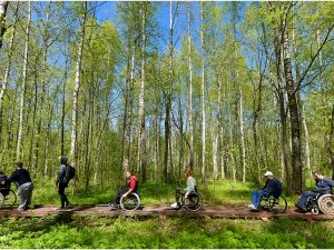 В Смоленском национальном парке появилась экологическая тропа «Поозерье без барьеров»