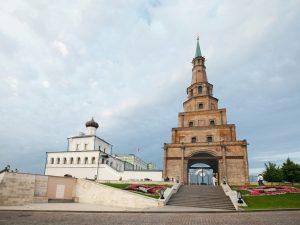 Достопримечательность Казани – падающая башня Сююмбике