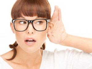 Почему снижается слух?
