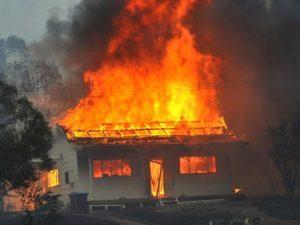 В Починке сгорел дом