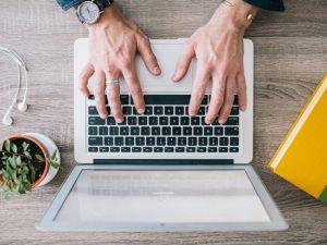 Смолян зовут стать участниками Всероссийского конкурса личных достижений пенсионеров в изучении компьютерной грамотности «Спасибо Интернету — 2017»