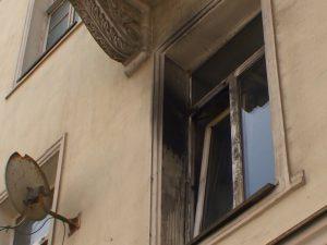 В Смоленске боец поискового отряда спас семью от огня