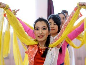 Жителей Вязьмы просят взять на проживание иностранцев из Колумбии и Китая  Новости 18:40, 18 июля 2017