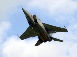 Жителей смоленского райцентра пугают «сумасшедшие самолеты»