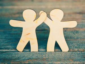 Социальные организации Смоленской области получат гранты на поддержку приёмных семей
