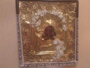 В Смоленске выставили на продажу редкую чудотворную икону