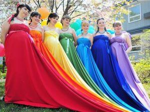 Беременных смолянок приглашают принять участие в параде